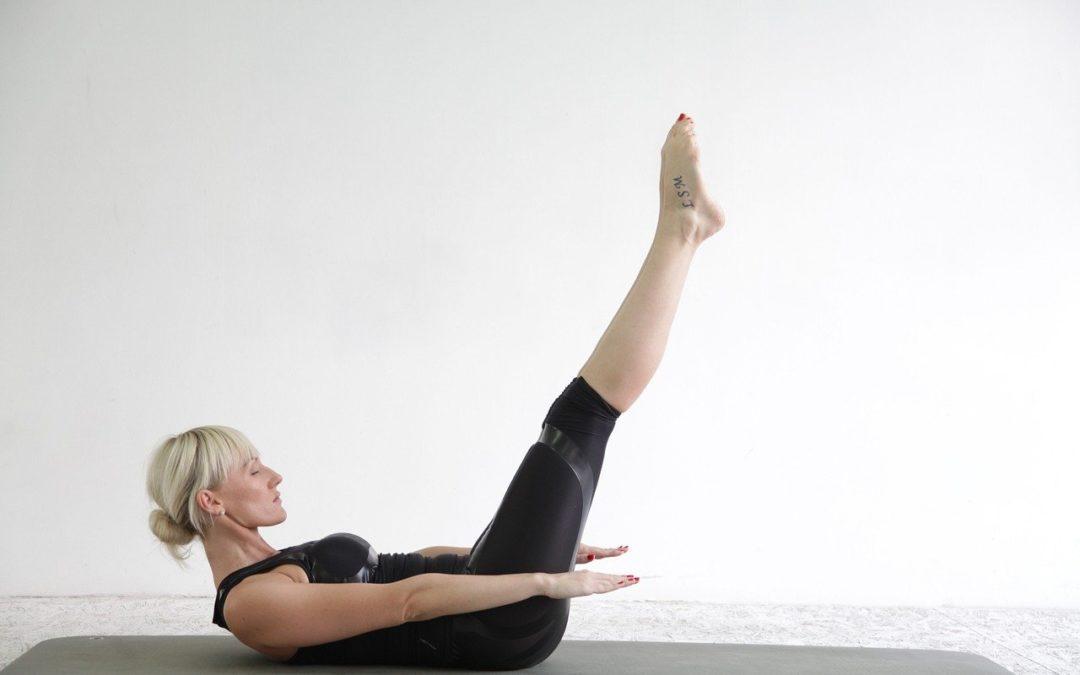 Exercicis de Pilates a casa. Double Leg Stretch